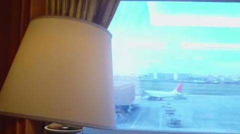 飛行機が窓から見えるのは最高