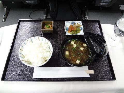 機内で炊飯したご飯が参加者に高評価でした
