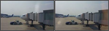 出発を待つANA20便(3D クリックで拡大画像)