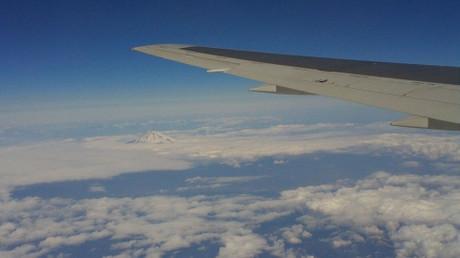 富士の山体はクッキリと見えました