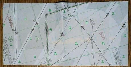 普通じゃ入手困難な航空地図を使ったブックカバーです