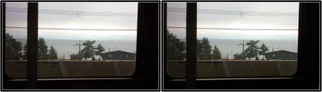 琵琶湖が見えると、そろそろ食堂車の営業開始です。(平行法用立体画像)