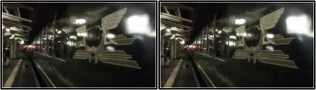 夜のホームから見るサロンデュノール(平行法用立体画像)