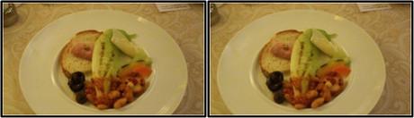 メインプレートは小さいハムと茹で野菜とサラダ(平行法用立体画像)