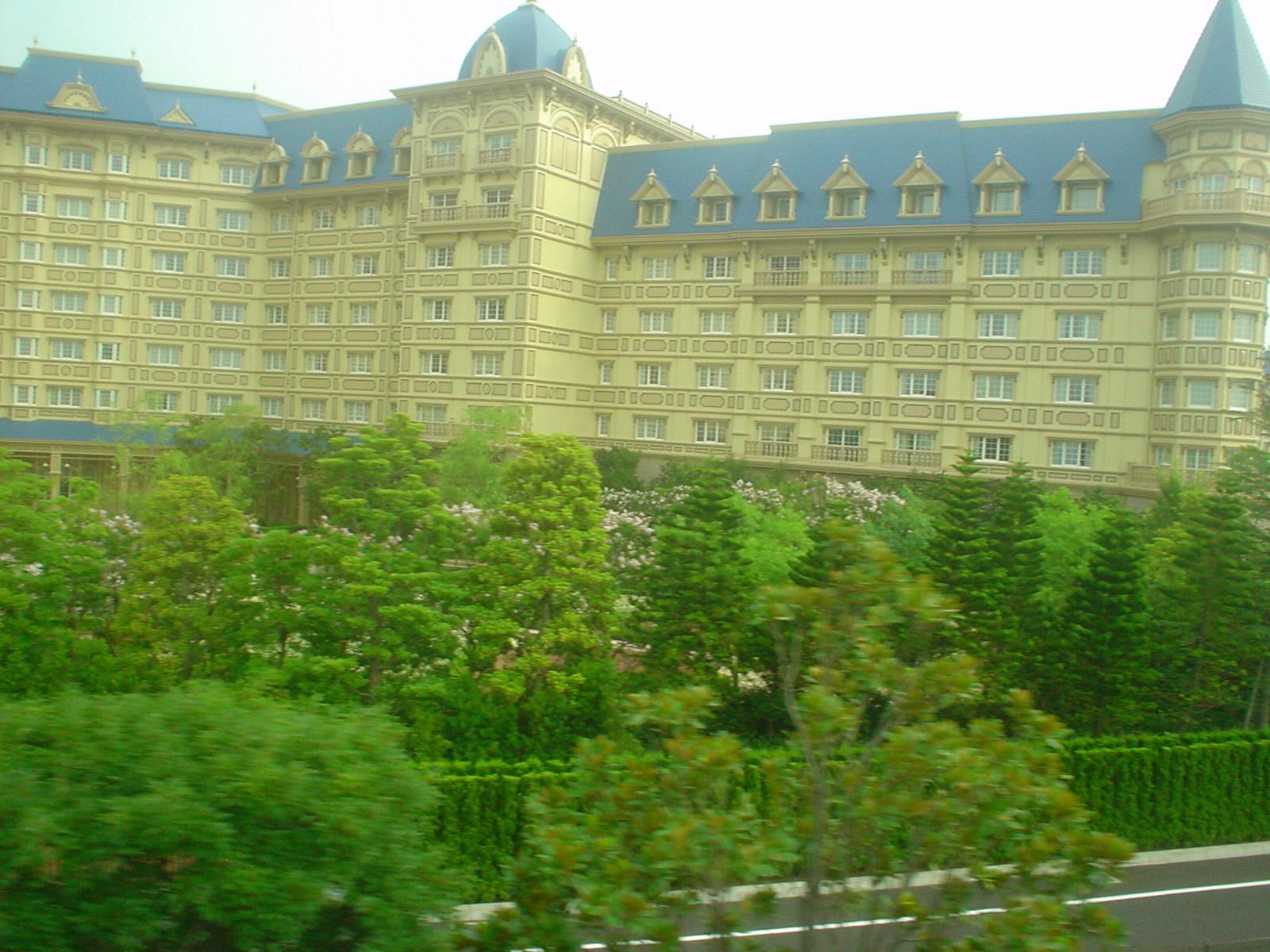 人気の高いディズニーランドホテル