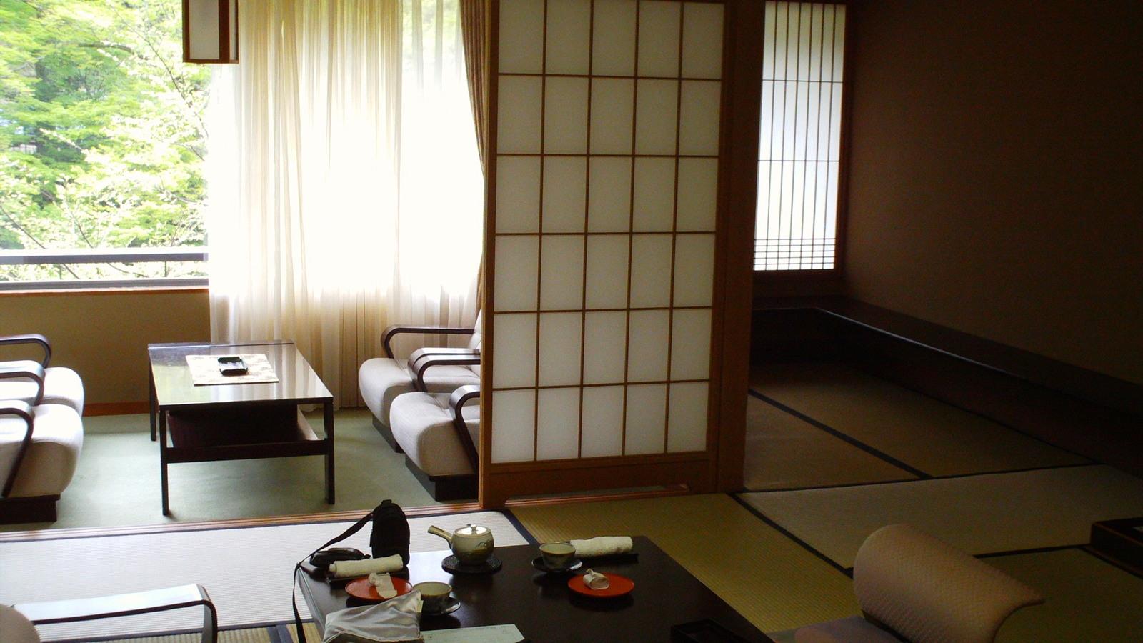 少し広めの和室です